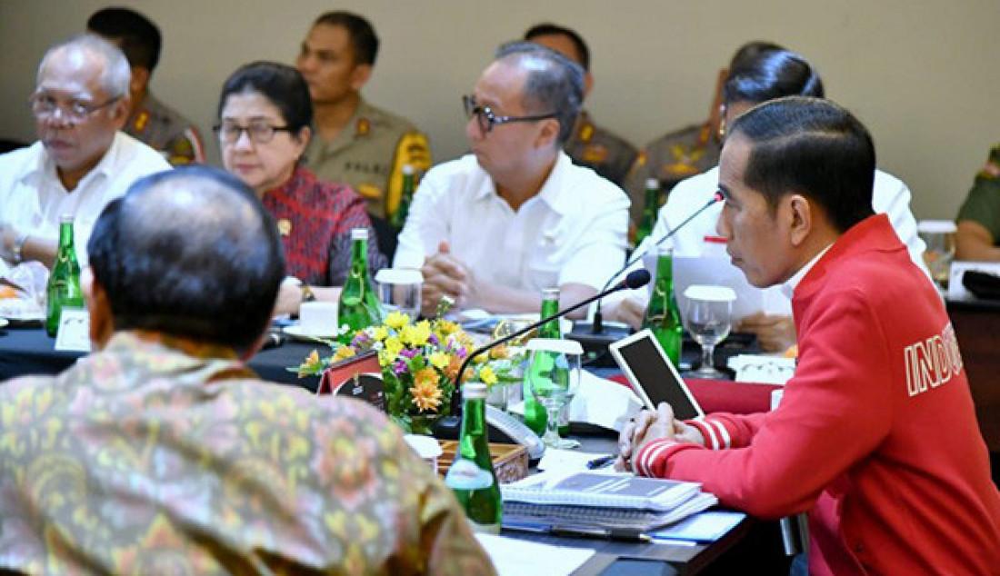 Bahas Karhutla, Presiden Jokowi Pimpin Ratas - JPNN.com