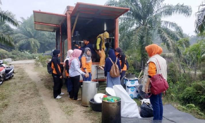 BPBD Bangun Dapur Umum untuk Pemadam Karrhutla - JPNN.com