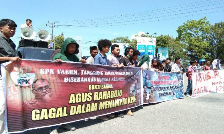 Mahasiswa Kendari Desak Agus Rahardjo Mundur - JPNN.com