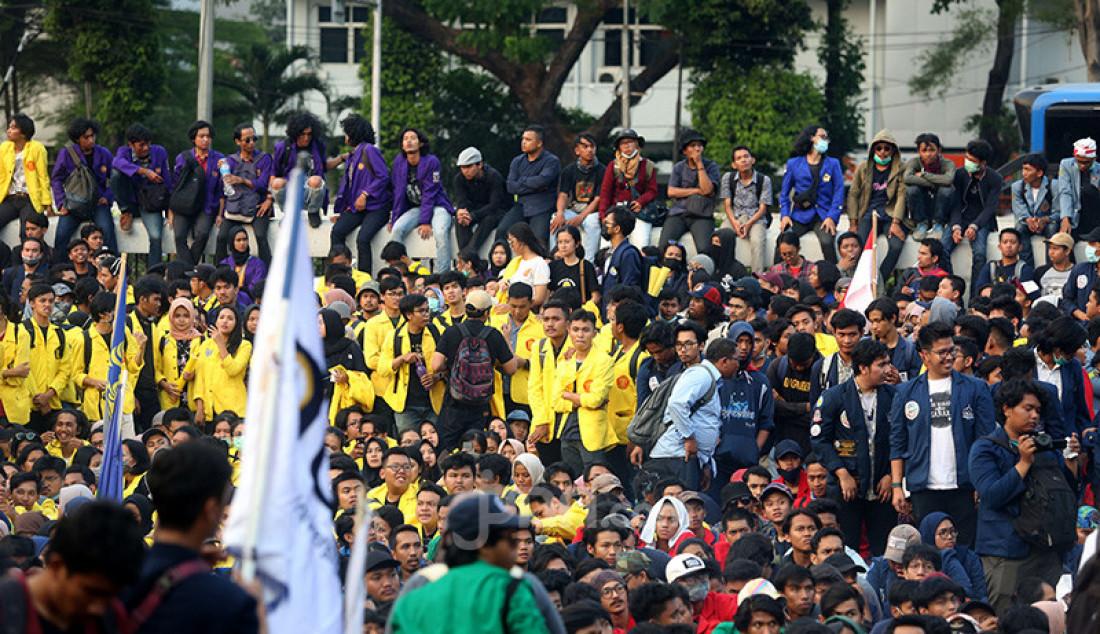 Mahasiswa Tolak UU KPK dan RKUHP - JPNN.com