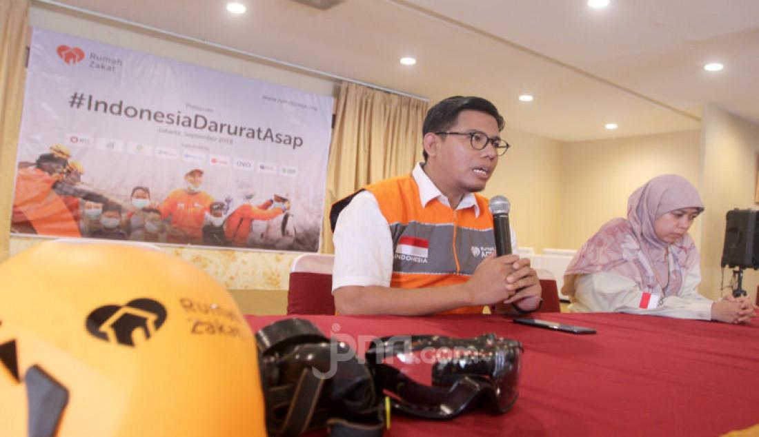 Rumah Zakat Melepas Relawan Penanggulangan Kabut Asap - JPNN.com