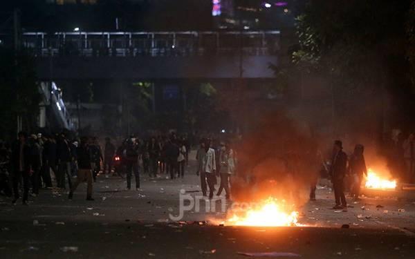 Anies Baswedan Gratiskan Biaya RS untuk Warga Korban Demo Ricuh - JPNN.com