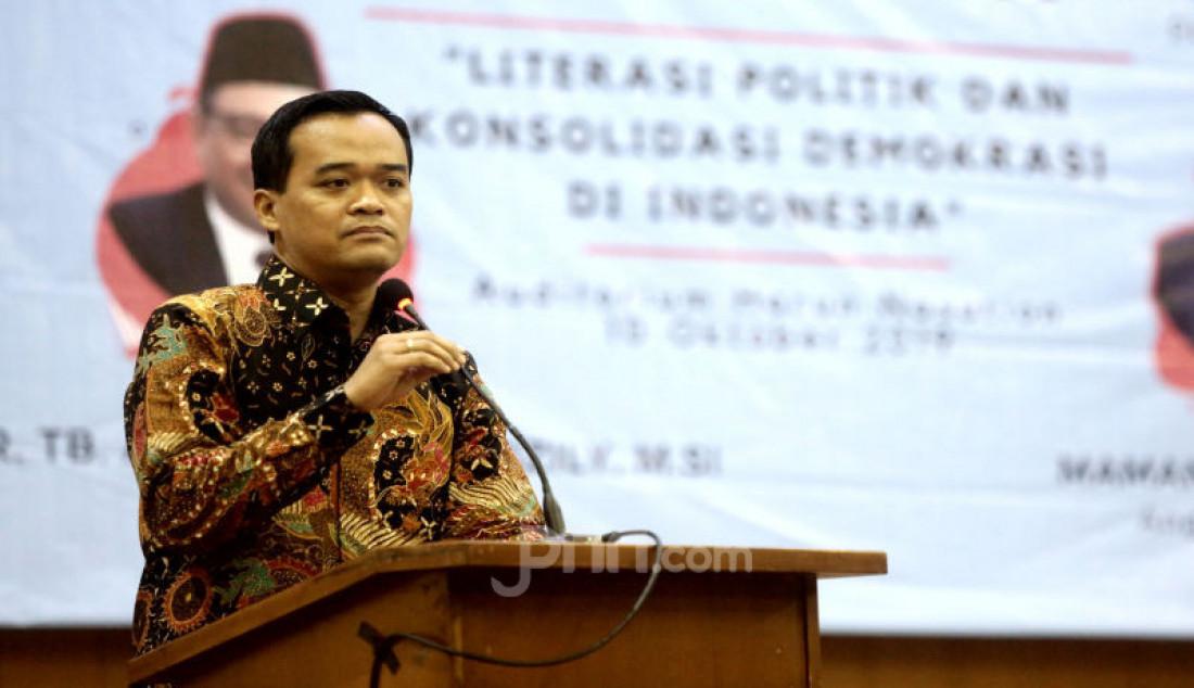 Bedah Buku Literasi Politik dan Kosolidasi Demokrasi di Indonesia Pasca Reformasi - JPNN.com