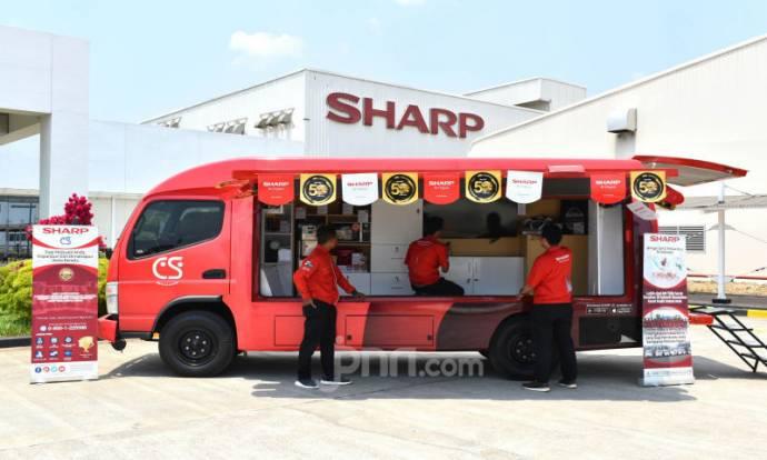 Sharp Indonesia Beri Sentuhan Baru Pada Tampilan Sharp Mobile Service Station