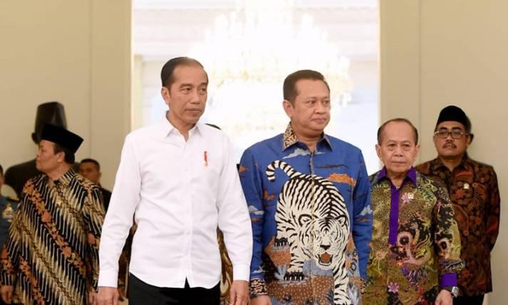 Presiden Jokowi Bertemu dengan Pimpinan MPR - JPNN.com