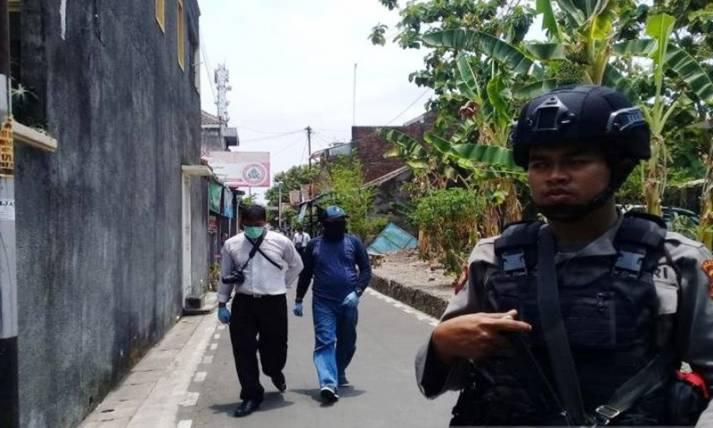 Polisi Geledah Rumah Terduga Teroris di Sukoharjo - JPNN.com