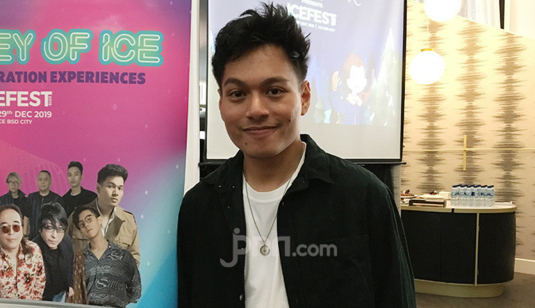 Rendy Pandugo Tampil di Icefest 2019 - JPNN.com