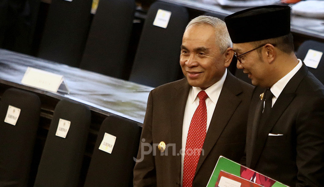 Gubernur Kaltim Isran Noor - JPNN.com