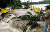 Bencana Banjir Terjang Kabupaten Agam - JPNN.com