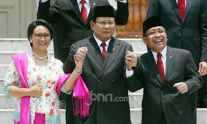 Menlu Retno, Menhan Prabowo dan Mensekneg Pratikno - JPNN.com