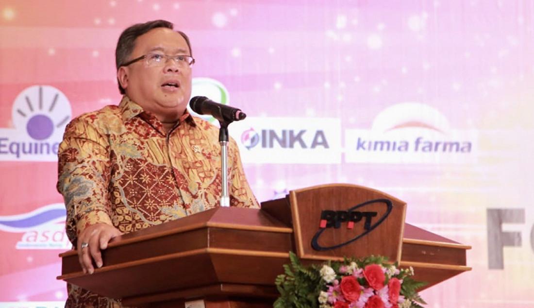 Menristek Bambang Brodjonegoro saat berbicara di Indonesia BusinessNews Award (IBA) 2019, Jakarta, Rabu (6/11). Signifikannya pertumbuhan ekonomi digital Indonesia diyakini berpotensi menambah dua unicorn baru di tahun 2020. Foto: Humas - JPNN.com