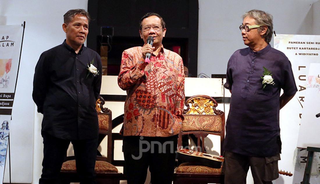 Mahfud MD Buka Pameran Seni Rupa Butet Kartaredjasa dan Widiyatno - JPNN.com