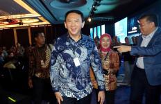 Di Belakang Ahok Ada Ridwan Kamil, Sandiaga Uno dan Grace Natalie - JPNN.com