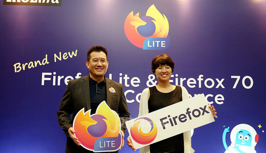 Kiri: VP and General Manager of Emerging Markets Mozilla Stan Leong and Staff Product Manager Core Browsers Cindy Hsiang di acara press conference Firefox Lite, Jakarta, Rabu (27/11). Foto: Ricardo - JPNN.com