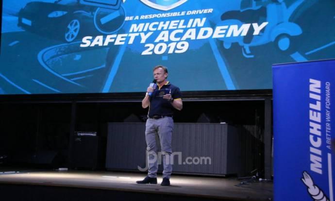 Michelin Ajak Generasi Muda Indonesia Safety Riding