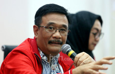 Ikut Kebanjiran, Djarot PDIP: Mari Kita Bantu Pak Anies - JPNN.com