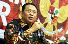 Catatan Ketua MPR RI: Kerja Berat Dongkrak Konsumsi di Tengah Pandemi dan Resesi - JPNN.com