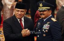 Panglima TNI Marsekal Hadi Tjahjanto dan Kapolri Jenderal Idham Azis - JPNN.com