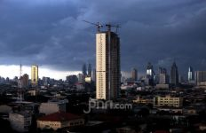 BMKG Prediksi Cuaca Buruk Melanda Jakarta Siang Ini, Warga Bodetabek Juga Silakan Baca - JPNN.com