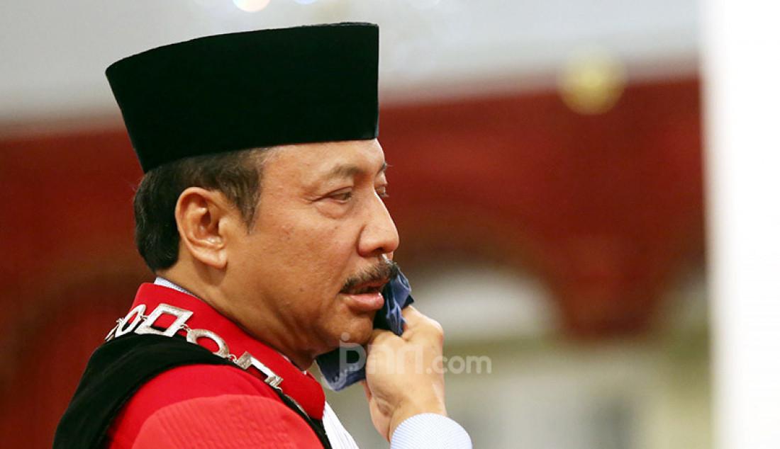 Hakim MK Suhartoyo di Istana Negara, Jakarta, Selasa (7/1). Foto: Ricardo - JPNN.com