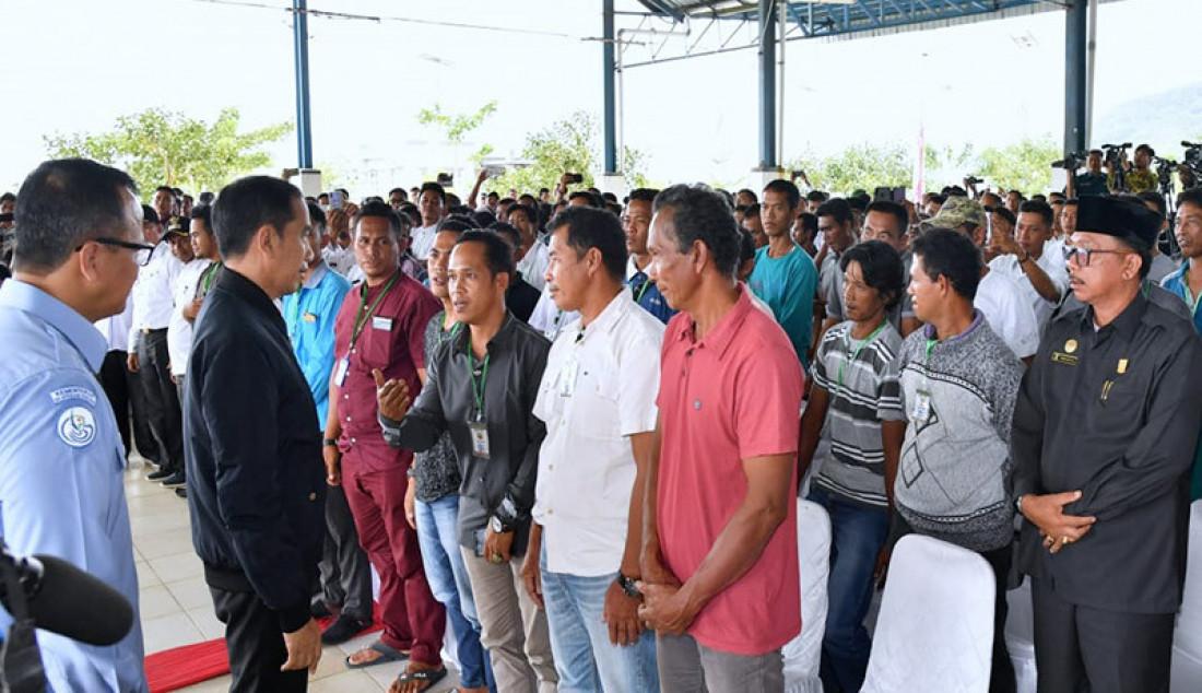 Jokowi Temui Ratusan Nelayan di SKPT Natuna - JPNN.com