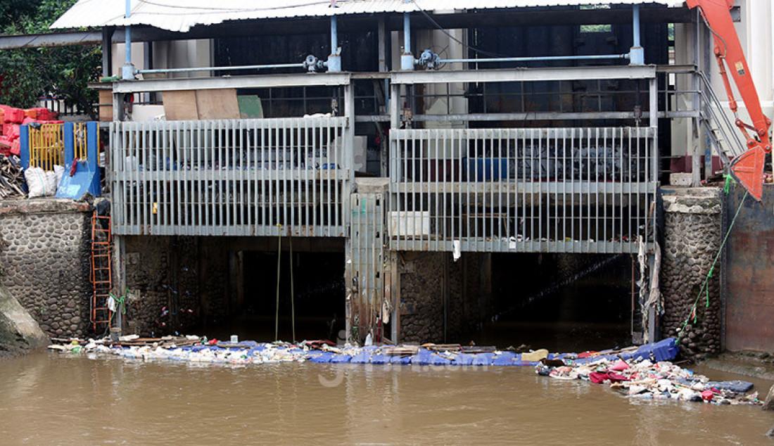 Ketinggian Air di Pintu Manggarai Terpantau Normal - JPNN.com