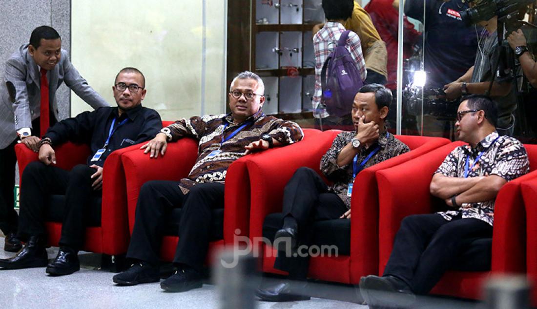Bersama Komisioner KPU, Arief Budiman Sambangi KPK - JPNN.com