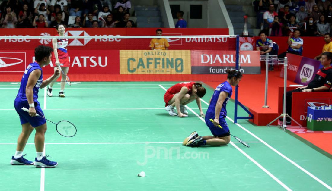 Ganda putri Indonesia Greysia Polii dan Apriyani Rahayu saat bertanding pada turnamen Indonesia Masters 2020, Jakarta, Kamis (16/1). Polii dan Apriyani menang atas lawannya dengan skor 21-15 dan 21-16. Foto: Ricardo - JPNN.com