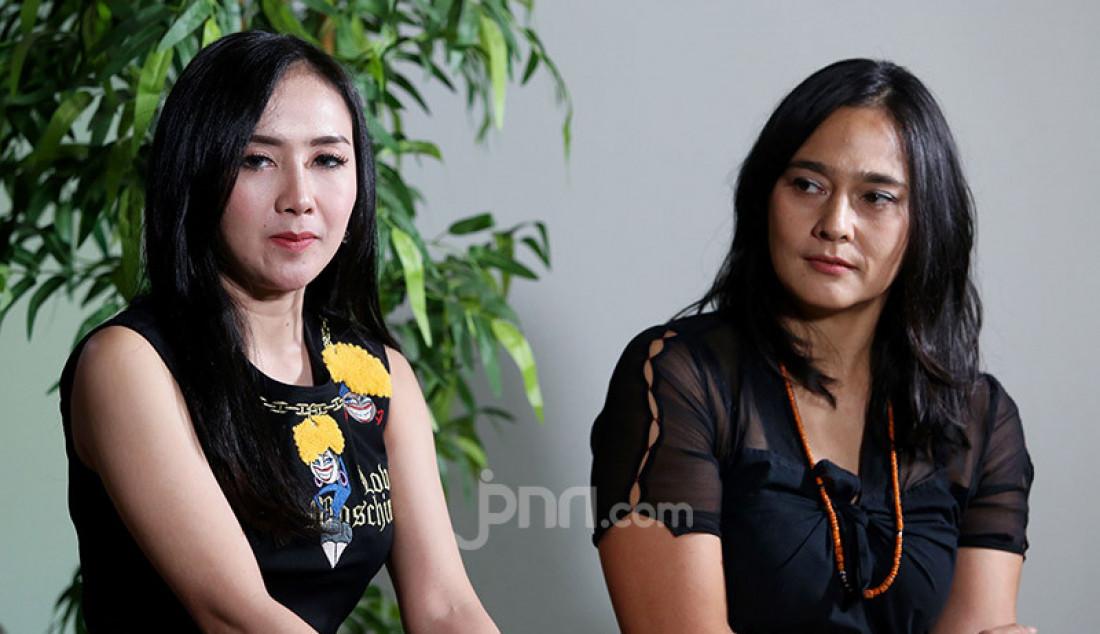 Pemeran teater Panembahan Reso Sha Ine Febriyanti dan Ucie Sucita mengunjungi kantor Genpi.co, Jakarta, Rabu (22/1). Panembahan Reso akan tampil pada 25 Januari 2020 jam 19:30. Foto: Ricardo - JPNN.com