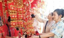 Jelang Imlek, Pasar Petak Sembilan Diserbu - JPNN.com