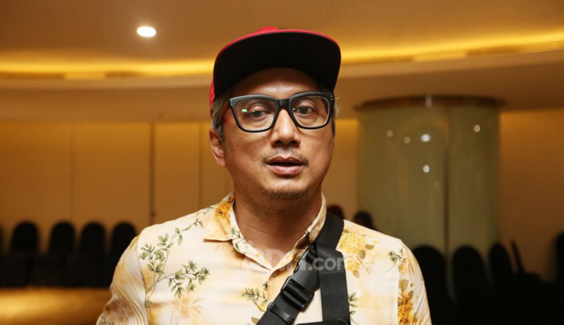 Sutradara Andi Bachtiar Yusuf usai pementasan Panembahan Reso karya WS Rendra di Teater Ciputra Artpreneur, Jakarta, Jumat (24/1). Foto: Ricardo - JPNN.com