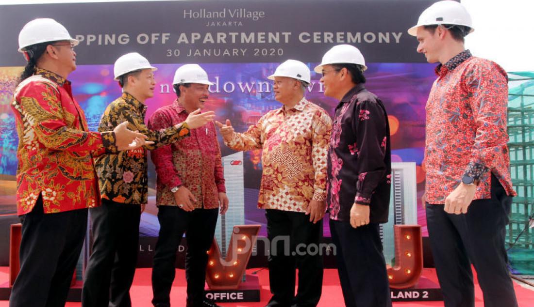 Topping Off Holland Village Jakarta Apartment - JPNN.com