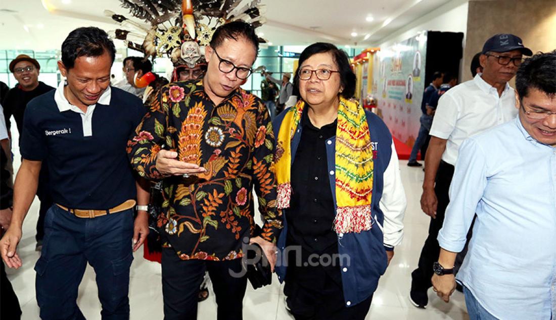 Ketua Panitia HPN 2020 Auri Jaya Sambut Menteri LHK - JPNN.com