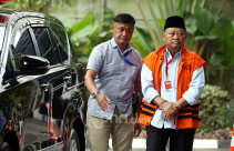 KPK Garap Bupati nonaktif Sidoarjo Saiful Ilah - JPNN.com