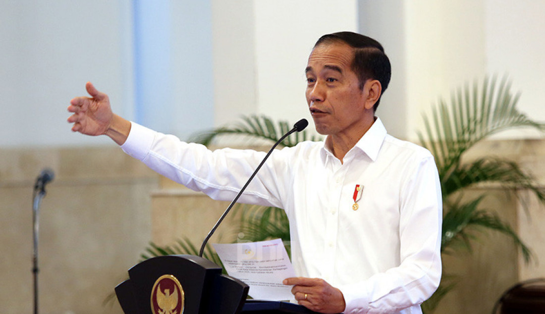 Presiden Joko Widodo berbicara pada pembukan rapat kerja Kementerian Perdagangan Tahun 2020 di Istana Negara, Jakarta, Rabu (4/3). Foto: Ricardo - JPNN.com