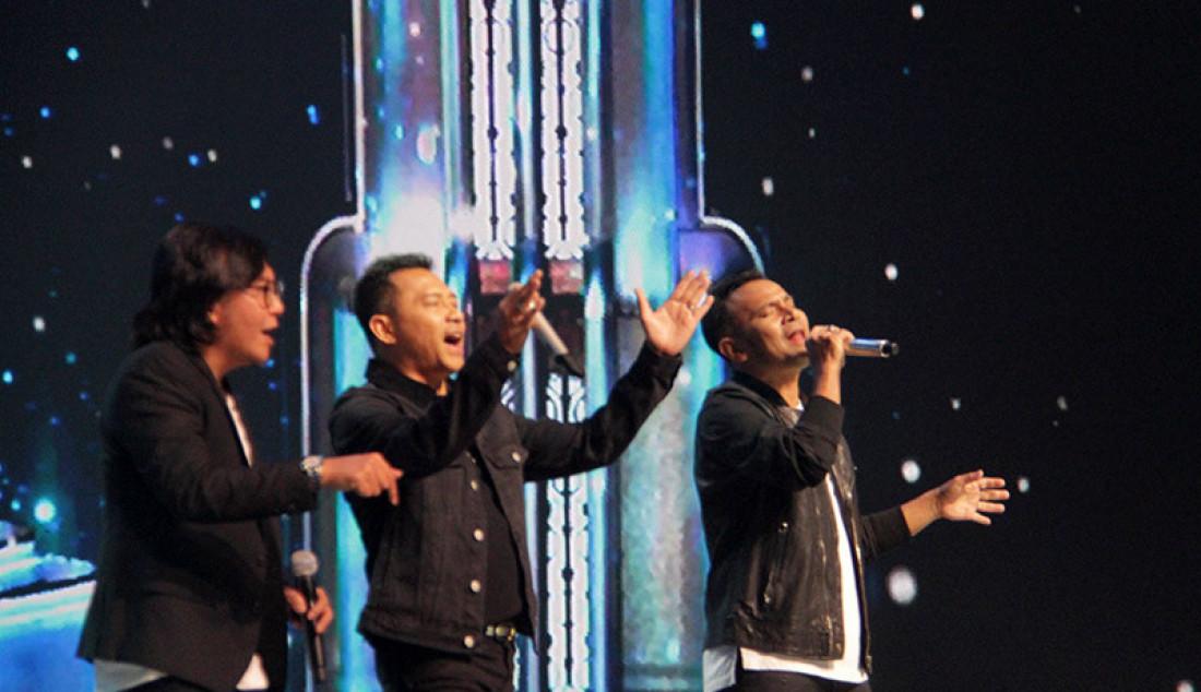Trio Lanjud yang beranggotakan Ari Lasso, Anang Hermansyah dan Judika saat tampil pada Konser Kemenangan, Jakarta, Senin (9/3). Foto: Aksan Yusuf for JPNN.com - JPNN.com