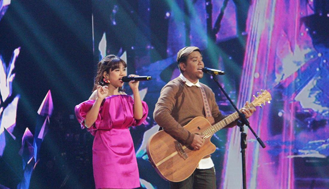 Ahmad Abdul Comeback ke panggung Indonesia Idol ia membawakan lagu 'Senorita', bersama Ziva Magnolya, Jakarta, Senin (9/3). Ahmad Abdul kembali ke panggung Indonesia Idol setelah ia menjadi Runner up di tahun 2018. Foto: Aksan Yusuf for JPNN.com - JPNN.com