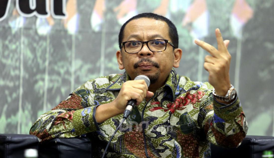 Direktur Eksekutif Indo Barometer M. Qodari menjadi pembicara pada diskusi MPR Rumah Kebangsaan, Jakarta, Rabu (11/3). Foto: Ricardo - JPNN.com