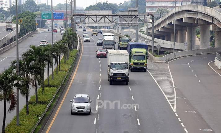Tol Lingkar Luar Jakarta Telihat Lengang - JPNN.com