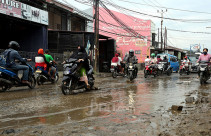 Jalan Penghubung Citayam-Bojonggede Rusak - JPNN.com