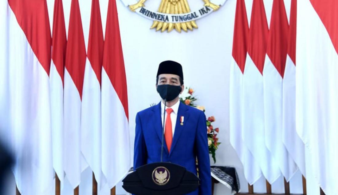 Presiden Joko Widodo saat memperingati Hari Lahir Pancasila secara telekonferensi di Istana Kepresidenan Bogor, Senin (1/6). Jokowi berharap nilai-nilai Pancasila dihadirkan secara nyata dalam keseharian dan kehidupan. Foto: Biro Pers Sekretariat Negara - JPNN.com