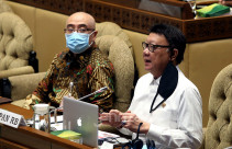 MenPAN-RB Tjahjo Kumolo dan Kepala BKN Bima Haria Wibisana - JPNN.com
