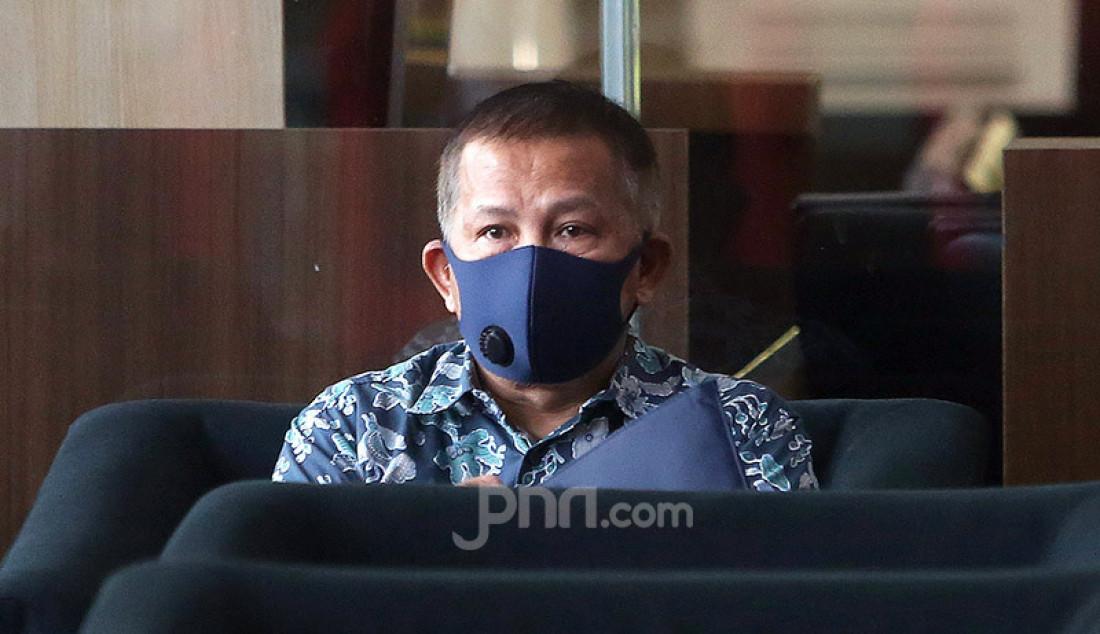 Mantan Direktur PT Stargate Pasific Resources Agus Suhartono menjalani pemeriksaan KPK, Jakarta, Senin (29/6). Agus Suhartono diperiksa KPK sebagai saksi untuk tersangka mantan Bupati Konawe Utara, Aswad Sulaiman. Foto: Ricardo - JPNN.com