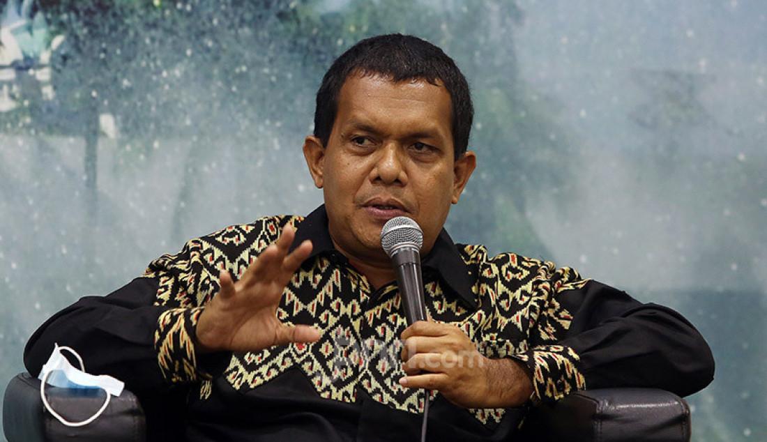 Wakil Ketua Komisi IX DPR Emanuel Melkiades Laka Lena menjadi pembicara pada diskusi Pilkada Serentak 2020 di Tengah Pandemi Covid-19 di Gedung DPR, Jakarta, Selasa (30/2). Foto: Ricardo - JPNN.com
