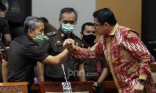 Komisi III DPR Bahas Kasus Jiwasraya dengan Jampidsus - JPNN.com