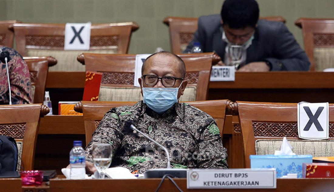 Dirut BPJS Ketenagakerjaan Agus Susanto mengikuti rapat kerja dengan Komisi IX DPR, Senayan, Jakarta, Rabu (8/7). Rapat tersebut membahas perlindungan Pemerintah terhadap ketahanan struktur ketenagakerjaan dan pandemi COVID-19. Foto: Ricardo - JPNN.com
