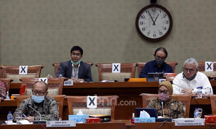 Menaker dan BPJS Ketenagakerjaan Raker Dengan Komisi IX DPR - JPNN.com