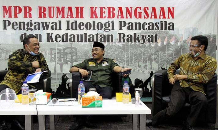 Perlindungan dan Pemberdayaan Purna Pekerja Migran Indonesia - JPNN.com