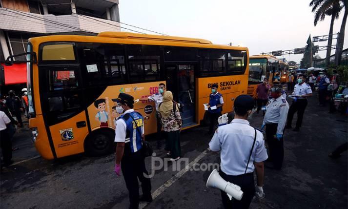 Kurangi Kepadatan KRL, 150 Bus Diperbantukan ke Pemkot Bogor - JPNN.com