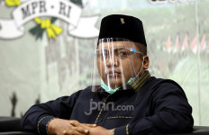 Gus Nabil Desak Polisi Menindak Anji dan Hadi Pranoto - JPNN.com
